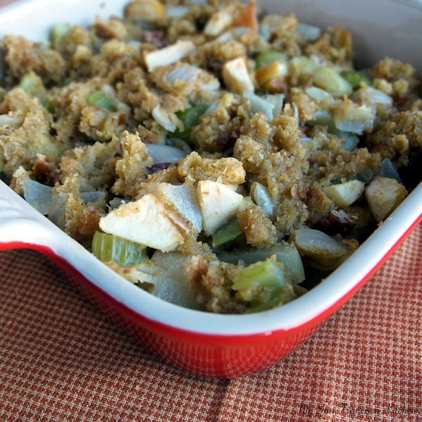 corn bread stuffing with apples