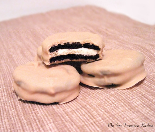 White Chocolate Dipped Oreo Cookies